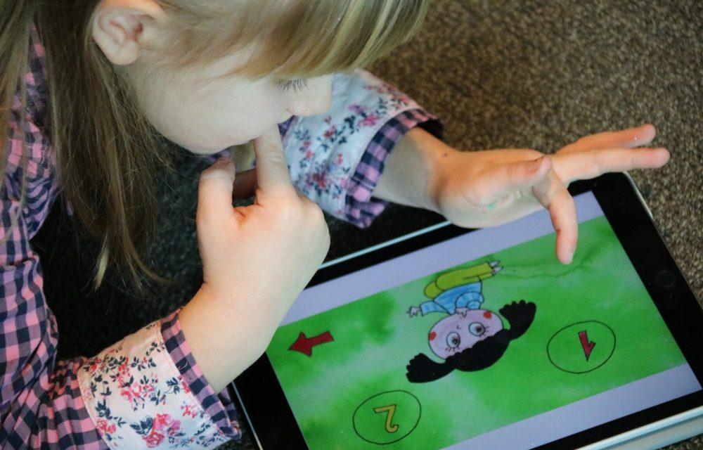 Jesu li savjeti o vremenu koje djeca smiju provesti pred ekranom zastarjeli?