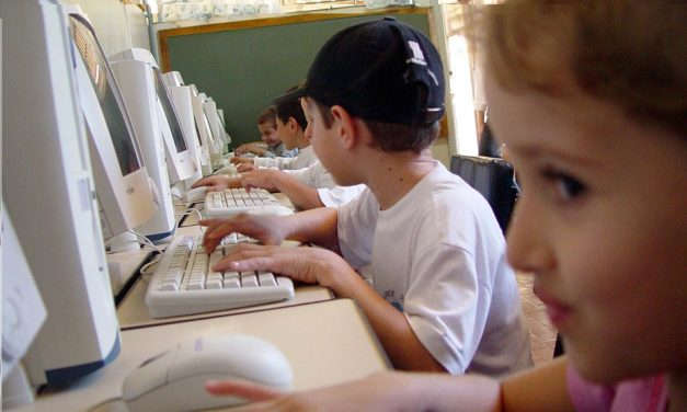 Koja je uloga učitelja danas, kad su sve informacije dostupne na internetu?