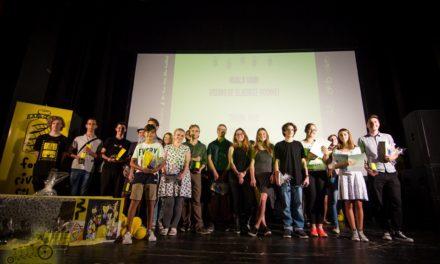 Nakon festivala u Karlovcu, tri mlada filmaša putuju u Ameriku