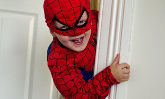 Treba li djeci braniti agresivne igre u kojima glume junake iz crtića?