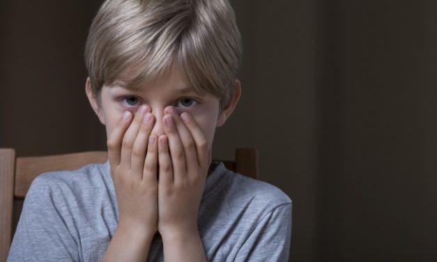 Kako s djecom razgovarati o nasilju koje vide na TV-u, u filmovima i videoigrama