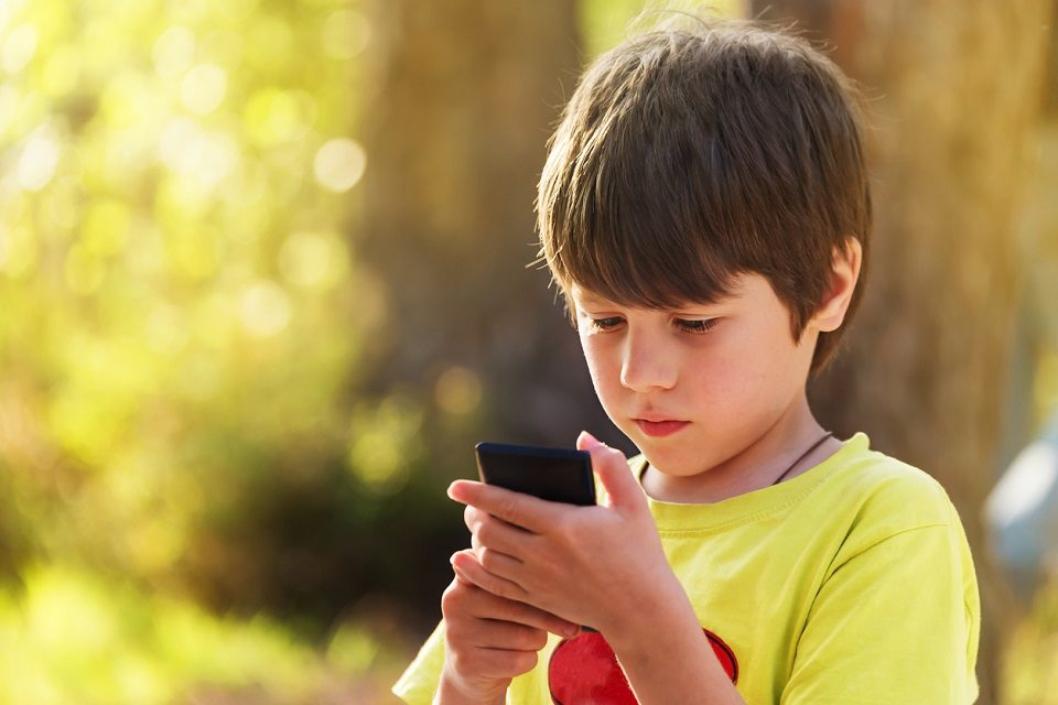 Kako razgovarati s djetetom kad sumnjate na cyberbullying