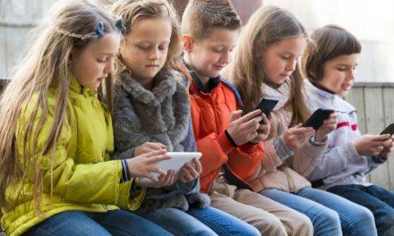 10-godišnjakinja želi otvoriti profil na Facebooku i Instagramu