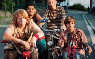 Krokodili iz predgrađa: uzbudljiv film o odrastanju i različitosti