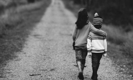 Kako kod djece poticati empatiju? I mediji vam mogu pomoći u tome