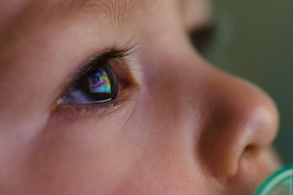 Kako mediji oblikuju dječji pogled na svijet i utječu na ponašanje?