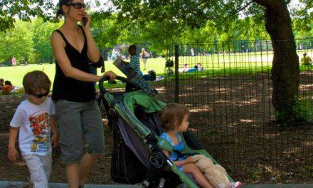 Postoji li veza između korištenja mobitela i temper tantruma kod djece?