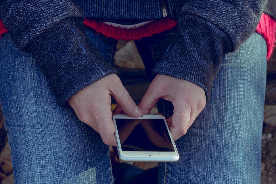 Savjeti djeci i mladima: Što u slučaju elektroničkog seksualnog nasilja