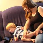Prvi koraci s medijima: odrasli oblikuju dječje navike korištenja medija