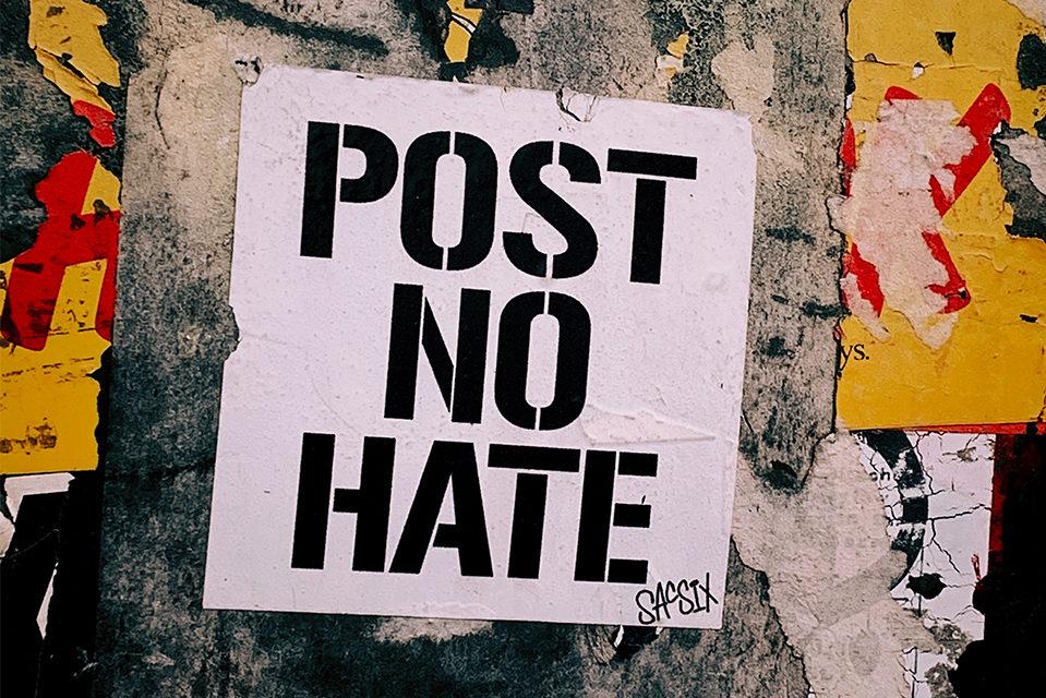 Govor mržnje na internetu i društvenim mrežama