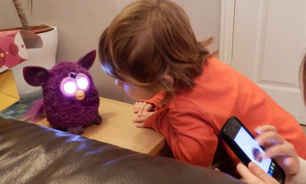 Kako pametno koristiti pametne igračke – savjeti za roditelje