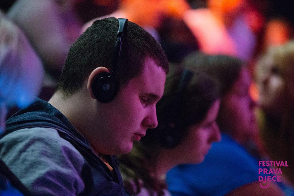 Dostupnost audiovizualnih sadržaja djeci i odraslima sa senzornim oštećenjima