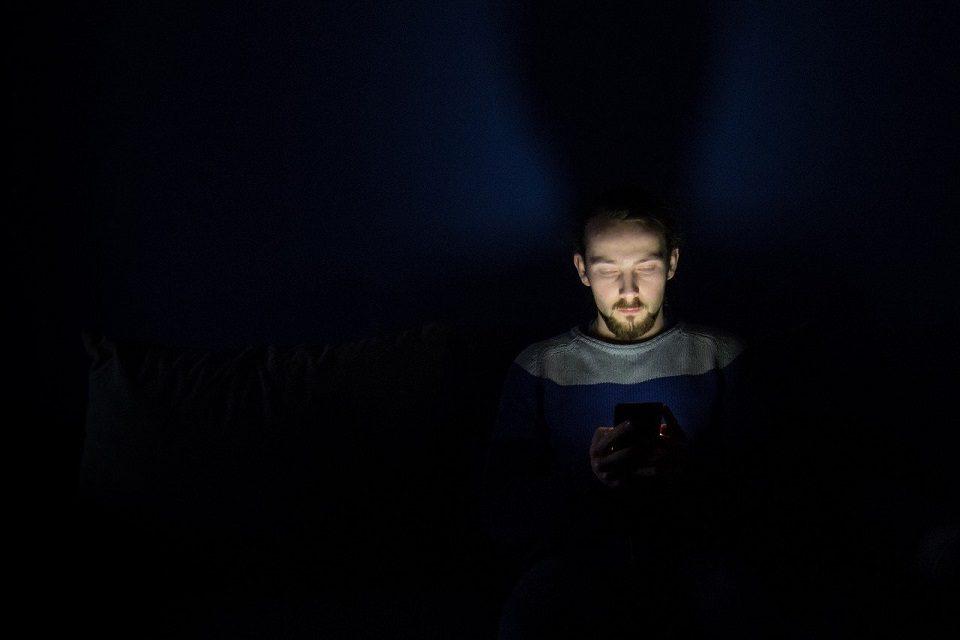 96% mladih susreće se s govorom mržnje na internetu, 44% i sami su žrtve
