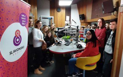 'Umjesto u učionici, jedan dan smo učili na radiju'