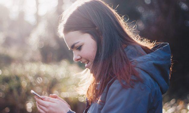 Mladi poručuju: Naučite nas korisiti digitalne medije na pozitivan način