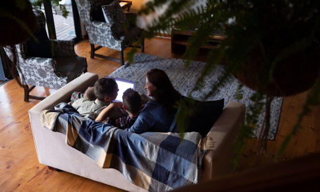 Nepovjeravanje roditeljima i drugim bliskim osobama